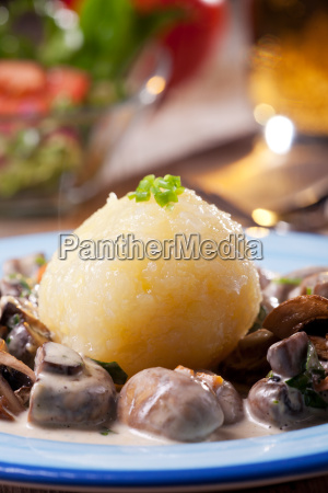 potato dumplings with bavarian mushroom sauce