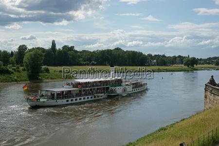dresden elbe paddle steamer river water