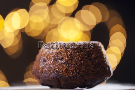 marble cake with lights
