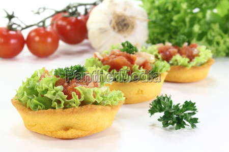baked corn basket with tomato salsa