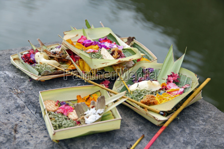 sacrifice for the balinese gods