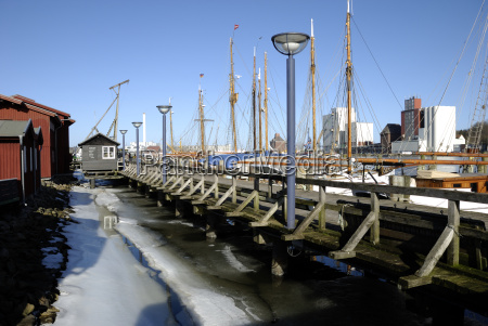 ice at the museum harbor in