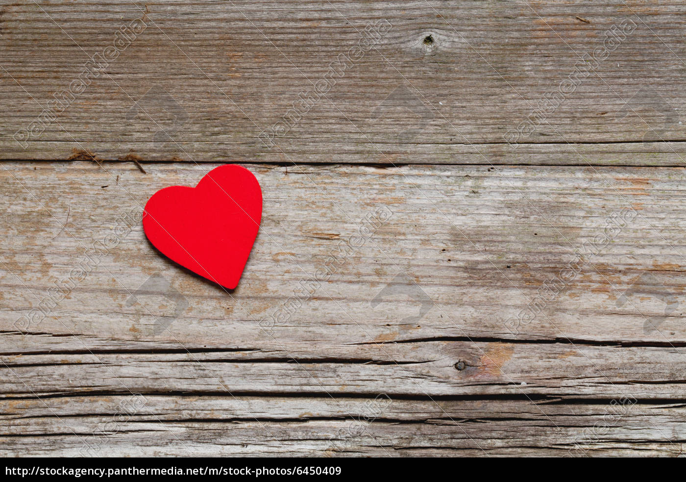 a, heart, on, wood, background - 6450409