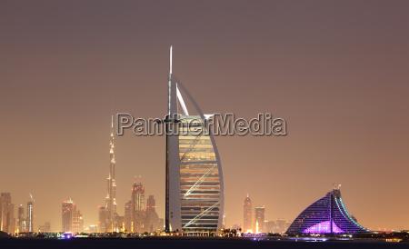 dubai skyline at night united arab