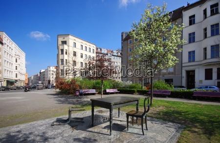 the abandoned space on koppenplatz in
