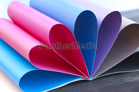 colored paper rainbow