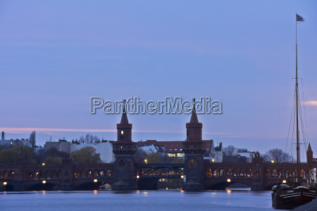 oberbaumbruecke at the blue hour