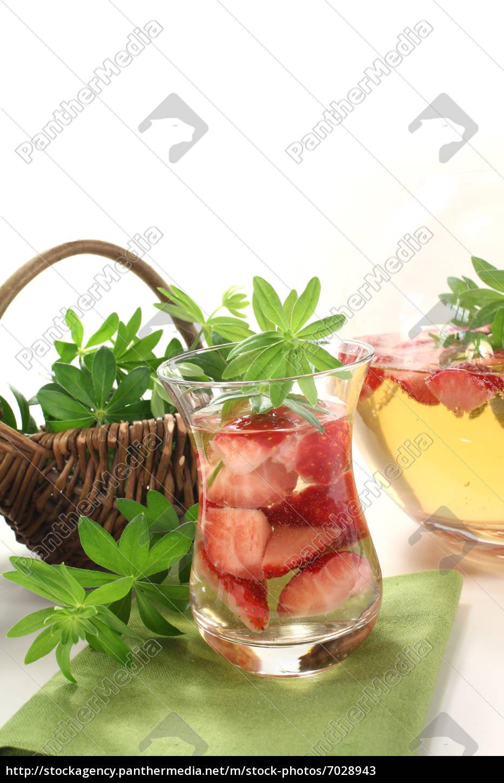 fresh, maybowle, with, woodruff - 7028943