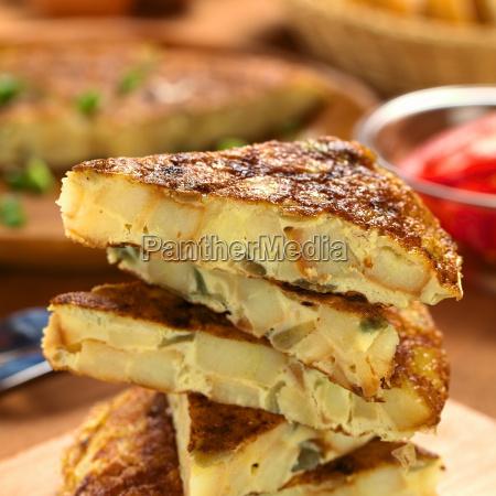 spanish tortilla omelette slices