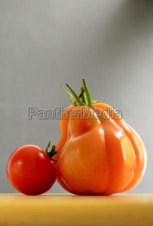 tomato 2 friends