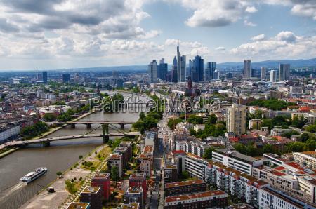 skyline frankfurt in hdr