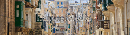 architecture details of valletta street