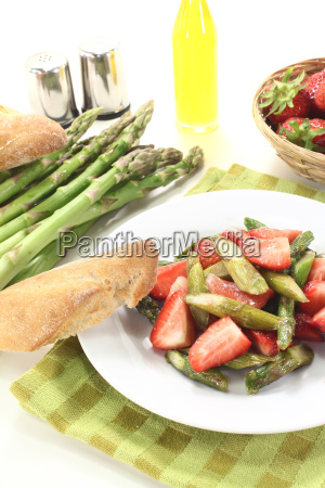 fresh asparagus salad with strawberries
