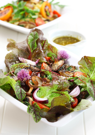low calorie salad with mushrooms