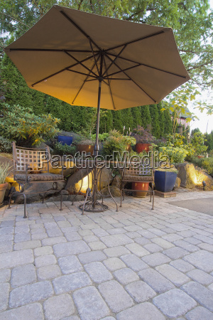 garden patio table and chairs with