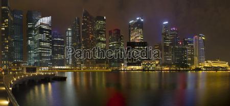 singapore city skyline at the marina