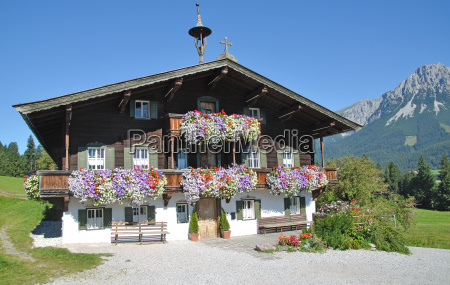 picturesque tyrolean house in ellmau in