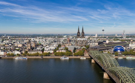 cologne skyline cologne triangle view