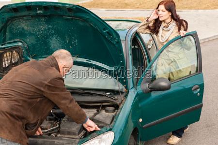 car breakdown woman calling for road