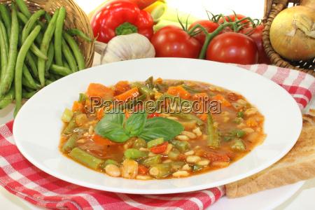 minestrone with leeks