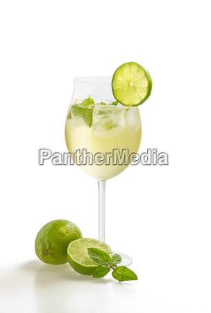aperitif with limes and mint in