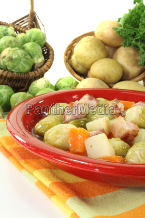 freshly cooked brussels sprouts stew
