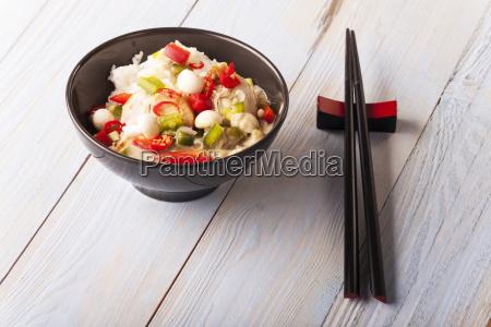 gruenes thai curry mit huhn in