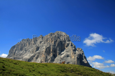 mountains dolomites alps mountain scenery countryside
