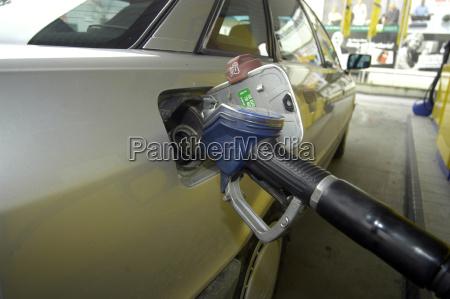 tank trim zapfhahn refuel gas station