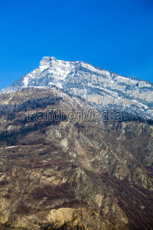 landscape, of, the, mountains, covered, with - 8532150