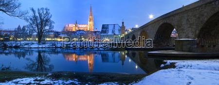 panorama regensburg cathedral and stone bridge
