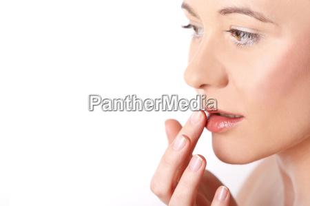 donna femminile fronte frontale adulto femminilita