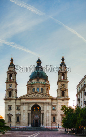 st stefan basilica in budapest hungary