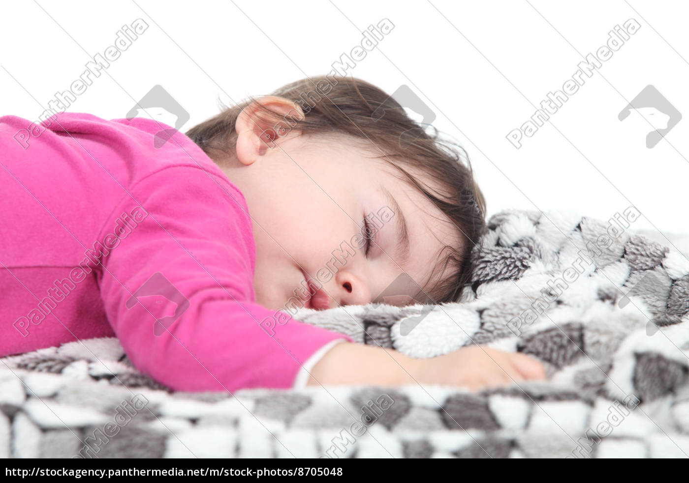 baby, sleeping, on, a, blanket - 8705048