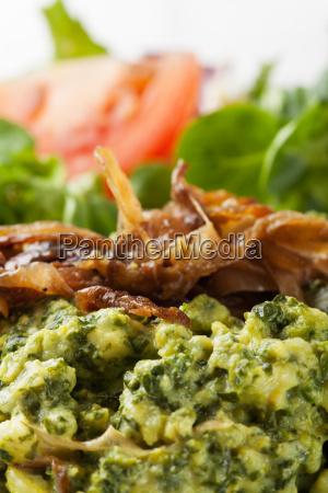 spinachspaetzle a bavarian specialty