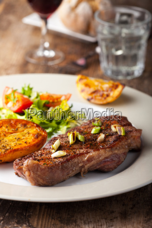 grilled steak with grilled potatoes