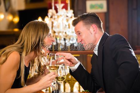 couple arguing in a restaurant romatischem