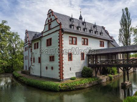 water castle grosskochberg