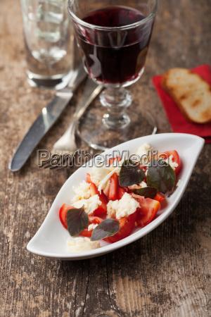 insalada caprese with purple basil