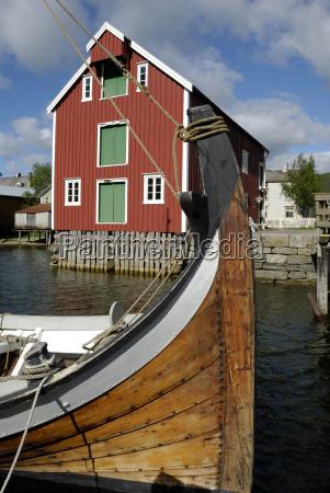 wooden boat at the sjoegata in