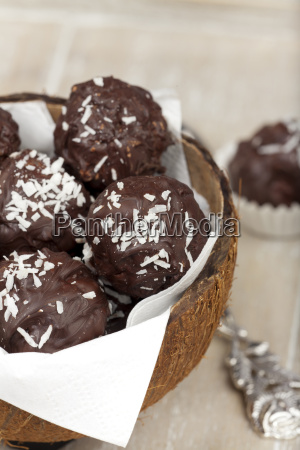 coconut rice pudding truffles coconut