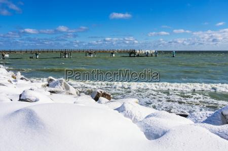 inverno agua mar baltico agua salgada