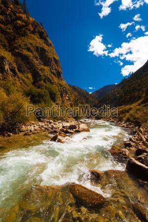 alpine river himalayas g318 highway tibet