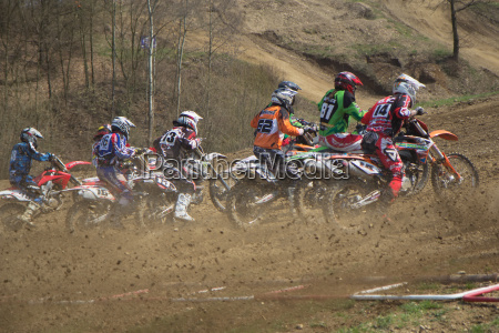 start of motocross race