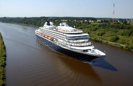 the dutch cruise ship