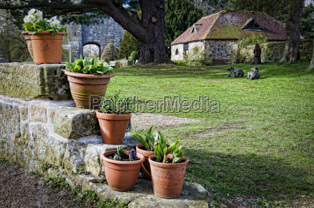 pots at priory