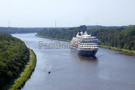 the cruise ship prinsendam passes the