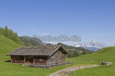 almhuette with the kaisergebirge