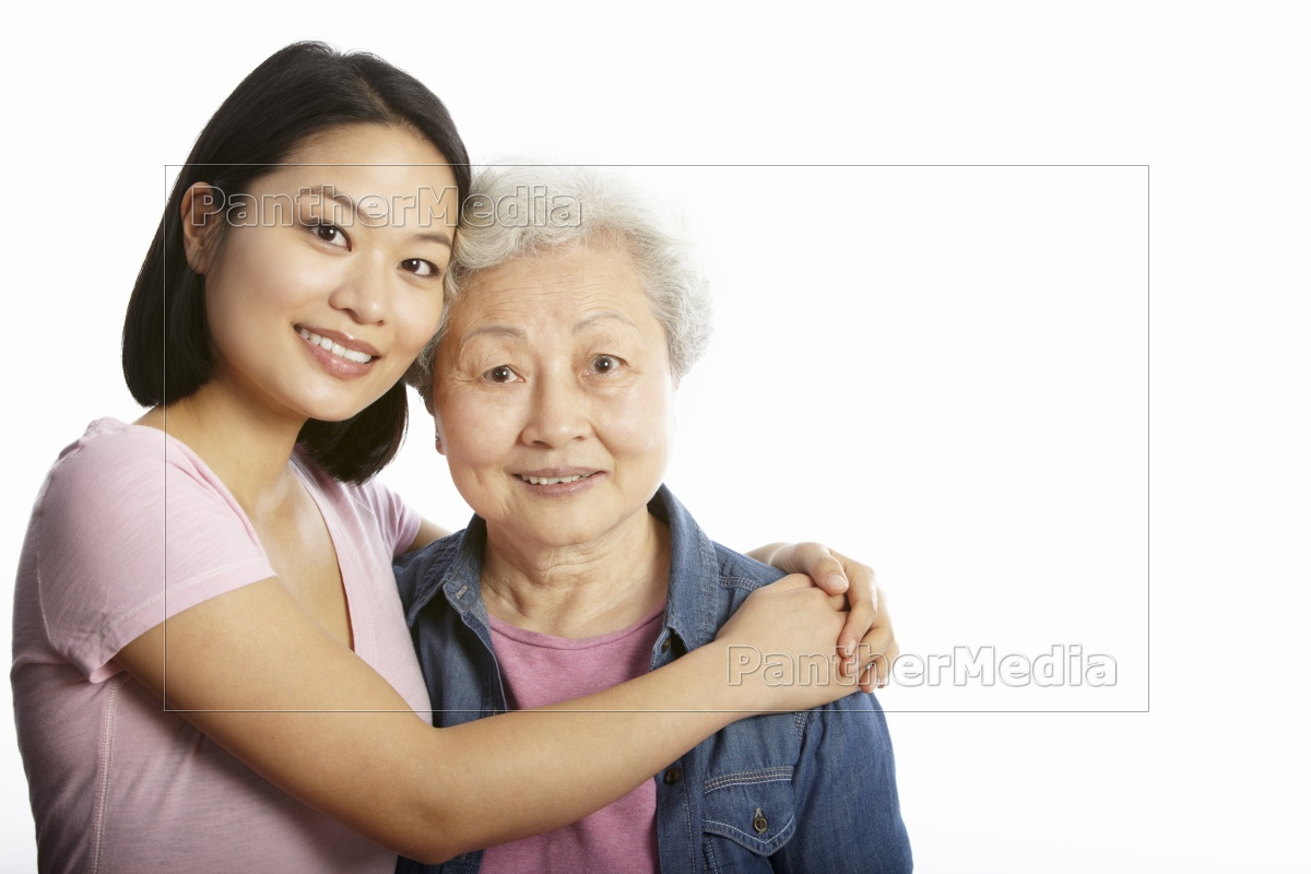 studio, portrait, of, chinese, mother, with - 9336484