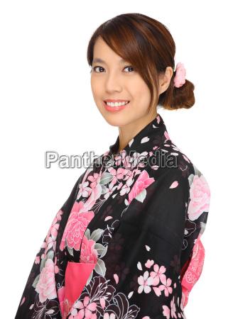 ung kvinde ifort japansk kimono